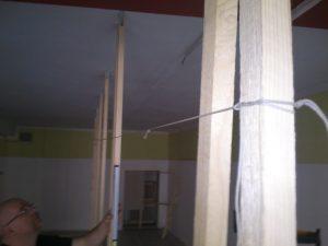 Eine aus Stücken genotete Schnur gibt in dieser Situation ein besseres Messmittel als jeder Laser.