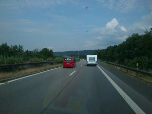 Straubinger VW-BUS mit WOA Aufkleber auf dem Weg nach Norden