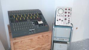 Heathkit ES-400 Analogcomputer mit Tektronix Zweikanal-Oszilloskop