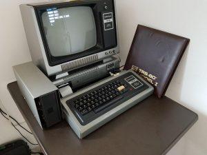 TRS-80 Model 1 im Vollaufbau
