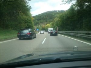 Dichter Verkehr auf der A8 nach Stuttgart