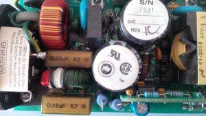 Detailaufnahme der Netzteileletronik.