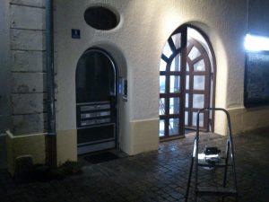 Fertig gestrichene Fassade.